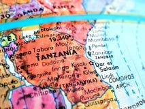 Tanzania Afryka ostrości makro- strzał na kuli ziemskiej mapie dla podróż blogów, ogólnospołecznych środków, strona internetowa s Zdjęcia Royalty Free