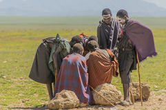 Tanzania - parque nacional de Serengeti de los inhabitents originales del Masai @ Imagenes de archivo