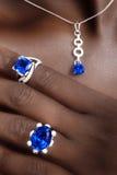 Tanzanite und Diamant-Designer Jewellery stockbild