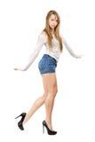 Tanzen der jungen Frau Stockbild