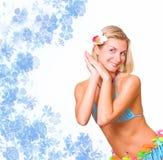 Tanzendes blondes Mädchen Lizenzfreies Stockfoto