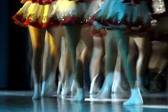 Tanzenfahrwerkbeine Lizenzfreie Stockbilder