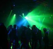 Tanzenjugendliche Lizenzfreie Stockfotos
