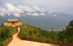Taoist-Tempel auf dem Yangtze lizenzfreies stockfoto