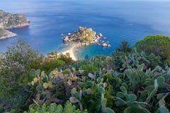 Taormina Het eiland van Isolabella stock foto's