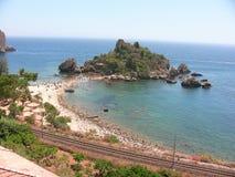Taormina Isola Bella strand royaltyfri foto