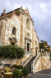 Taormina, Italia - 5 de junio de 2015: Iglesia de San José Fotos de archivo