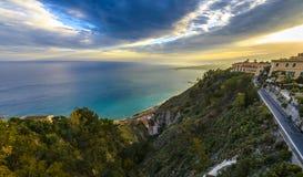 Taormina, Sicile au coucher du soleil Photographie stock libre de droits