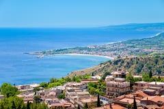 Taormina y centro turístico Giardini Naxos Fotografía de archivo libre de regalías