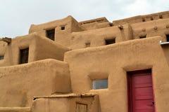 Taos-Pueblo im New Mexiko Stockfotografie