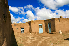 Taos-Pueblo im New Mexiko, USA Stockbild