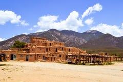 Taos-Pueblo-New Mexiko lizenzfreies stockfoto