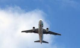 TAP Portugal-Luchtvaartlijnenvliegtuigen stock afbeeldingen