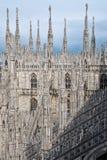 Tapa de la azotea de la catedral de Milano Imágenes de archivo libres de regalías