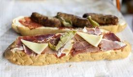 Tapas espagnols avec du jambon et le fromage photos libres de droits