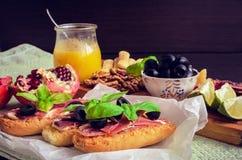 Tapas espagnols de nourriture Images libres de droits