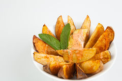 Tapas espanhóis. Patatas Bravas. Foto de Stock