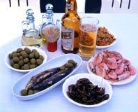 Tapas et bière espagnols Photos libres de droits