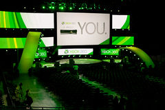 Étape de conférence de presse de Xbox 360 à E3 2011 Photos libres de droits