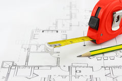 Tape measure and pencil Royalty Free Stock Photos