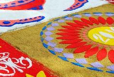 Tapete colorido para a procissão do Virgin, a Andaluzia, Espanha foto de stock