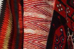 Tapete feito à mão Tapete feito à mão de lã tradicional Imagens de Stock