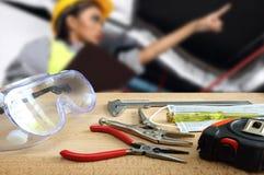 Tapetenhintergründe von Werkzeugen Ausrüstung und Ingenieur lizenzfreies stockbild