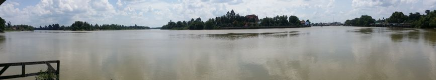 Tapi河,素叻他尼全景  库存照片