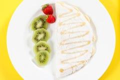 Tapiokor med frukter och honung Royaltyfria Foton