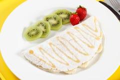 Tapiokor med frukter och honung Royaltyfri Fotografi