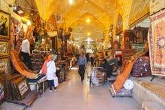 Tapis dans le Bazar Vakil, Chiraz, Iran images stock