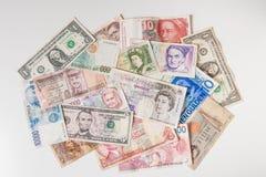 Tappeto dei soldi del mondo Fotografia Stock Libera da Diritti