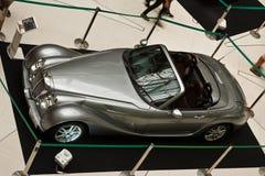 tappning 2011 för bilconcoursfutu Arkivfoton