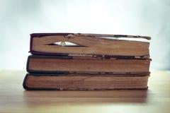 Tappning av gamla böcker Royaltyfri Fotografi