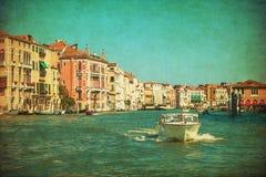 Tappning avbildar av den storslagna kanalen, Venedig Arkivbild