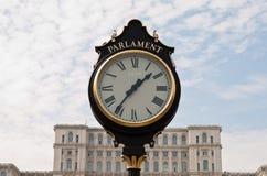tappning för parlament för bucharest klockaframdel Arkivbilder
