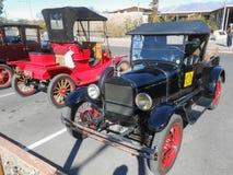 tappning för sepia för bilbil retro Arkivbilder
