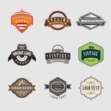 Tappning förser med märke logo arkivbilder
