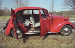 Tappning Fiat 1500 förkrigs- bil Fotografering för Bildbyråer