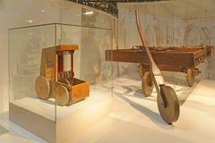 Tappning Leonardo Da Vinci Inventions royaltyfria bilder