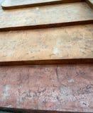 Tappning mindre brant trappa arkivbilder