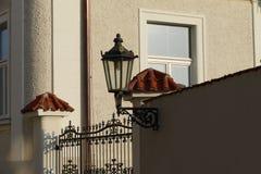 Tappning parkerar lampan Arkivfoton