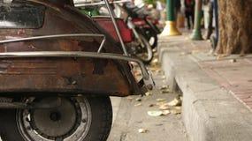 Tappning Rusty Old Back Wheel arkivbild