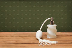Tappning-se doftflaskan Royaltyfri Foto