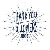 Tappning tackar dig emblemet för 1000 anhängare Socialt massmedia etikett och klistermärke Handskriftbokstäver med hipsterbestånd Arkivfoton