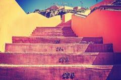 Tappning tonad trappa med nummer Arkivbilder