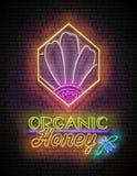 Tappningaffisch med blomman i honungskaka och organiska Honey Inscri stock illustrationer