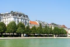 Tappningarkitektur av bostads- byggnader i den i stadens centrum Wien staden Fotografering för Bildbyråer
