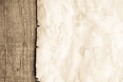 Tappningbakgrund med gammalt papper Arkivbild
