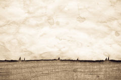 Tappningbakgrund med gammalt papper Arkivfoto